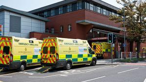 Ambulances_Alamy