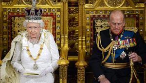 Queen opening parliament 2014